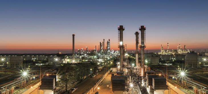 Заводы по переработке нефти и нефтехимические продукты